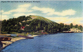 Muskegon's Pigeon Hill - looking west